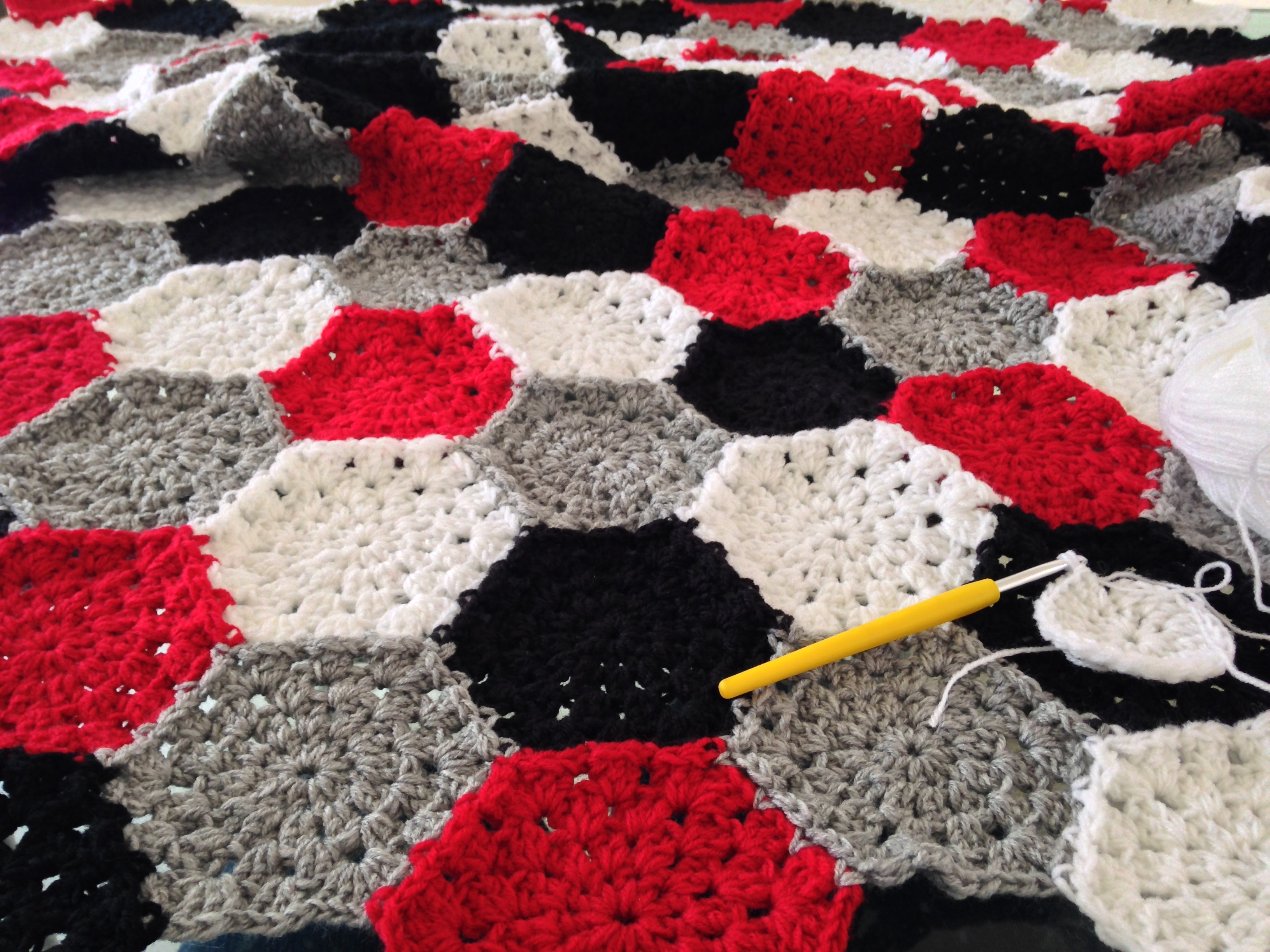 maRRose - CCC: hexagon blanket