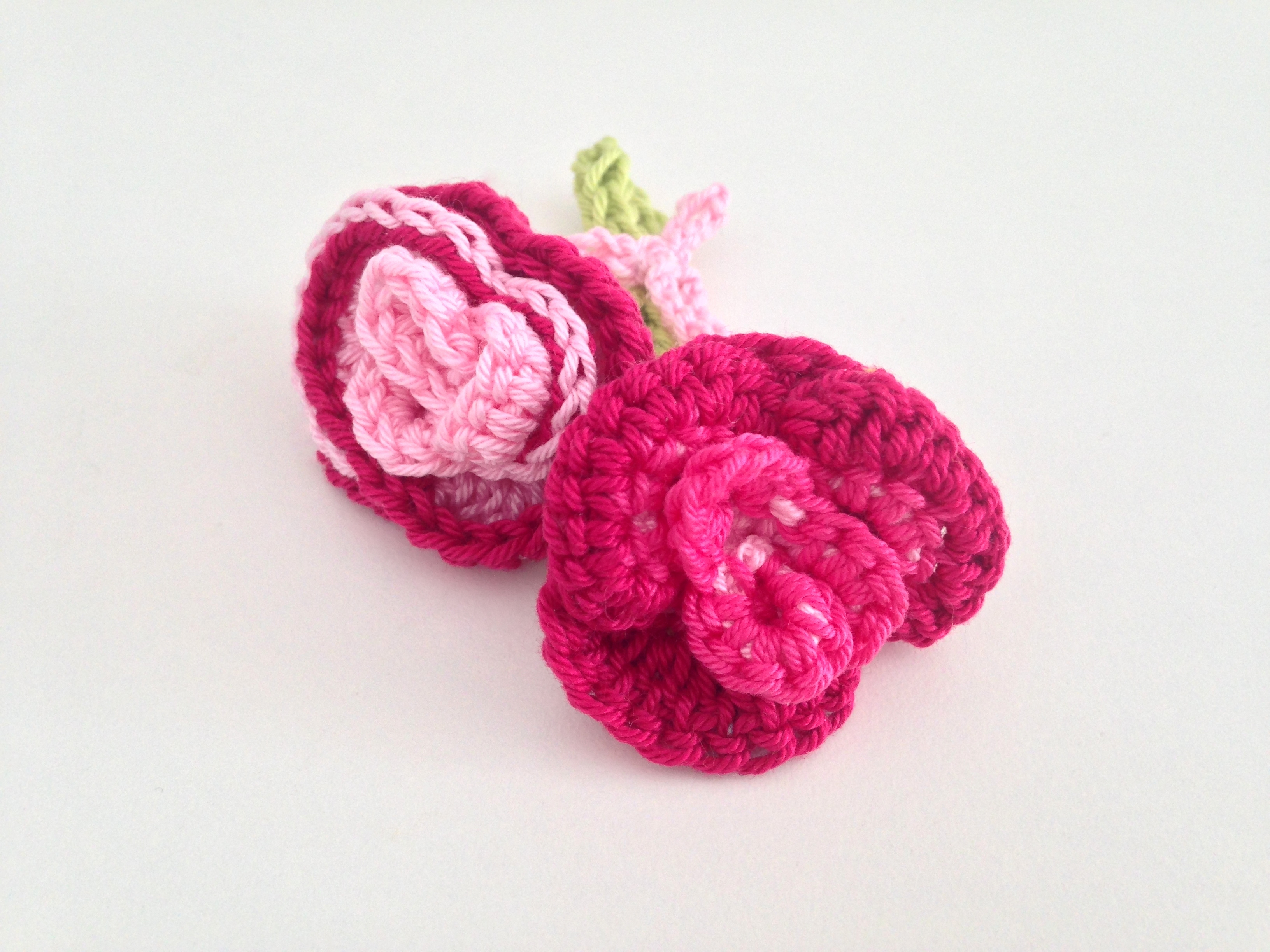 maRRose - CCC --- flower brooch roses