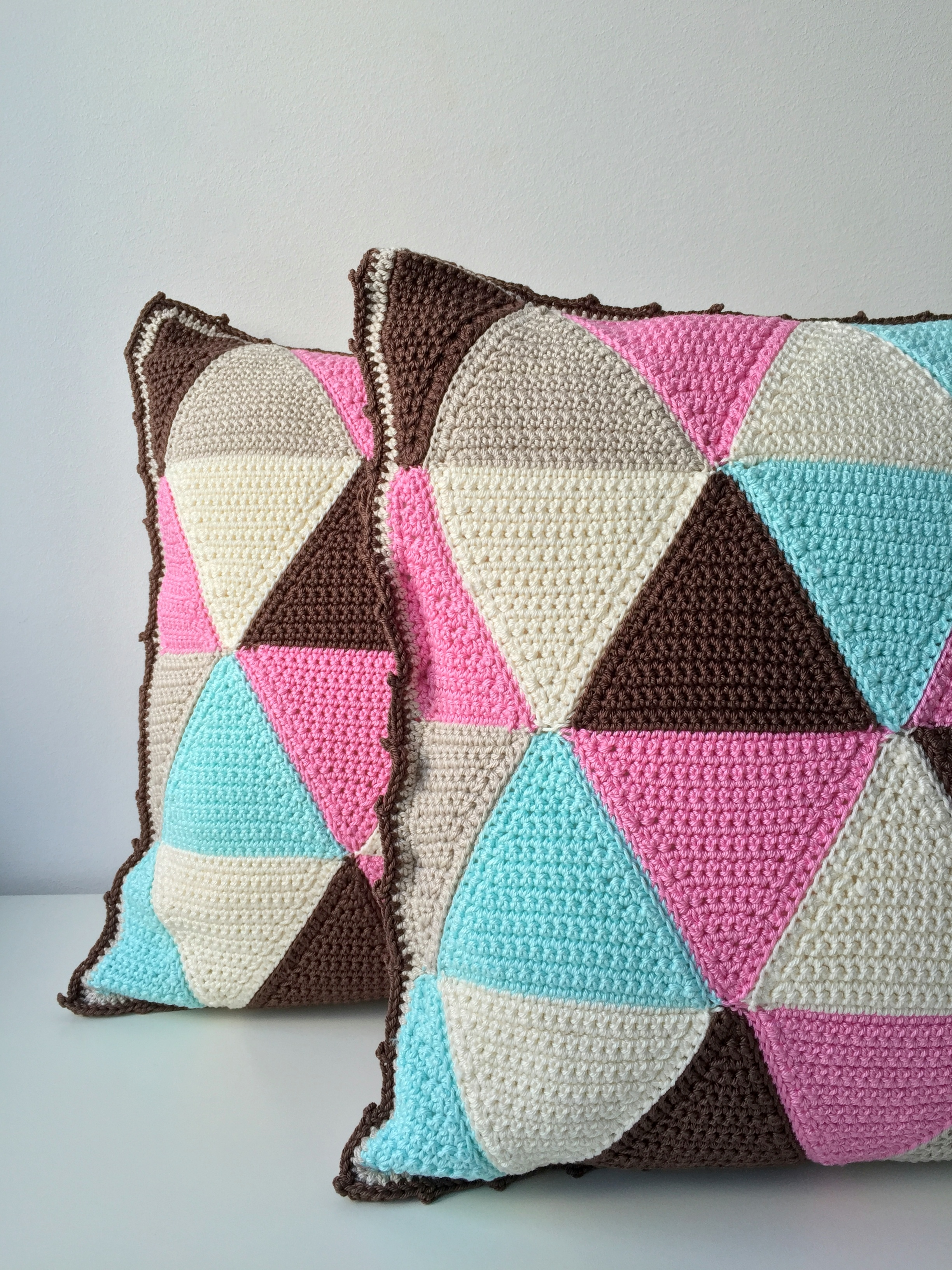maRRose - CCC - The Gelato Gemini Triangle Cushions-30