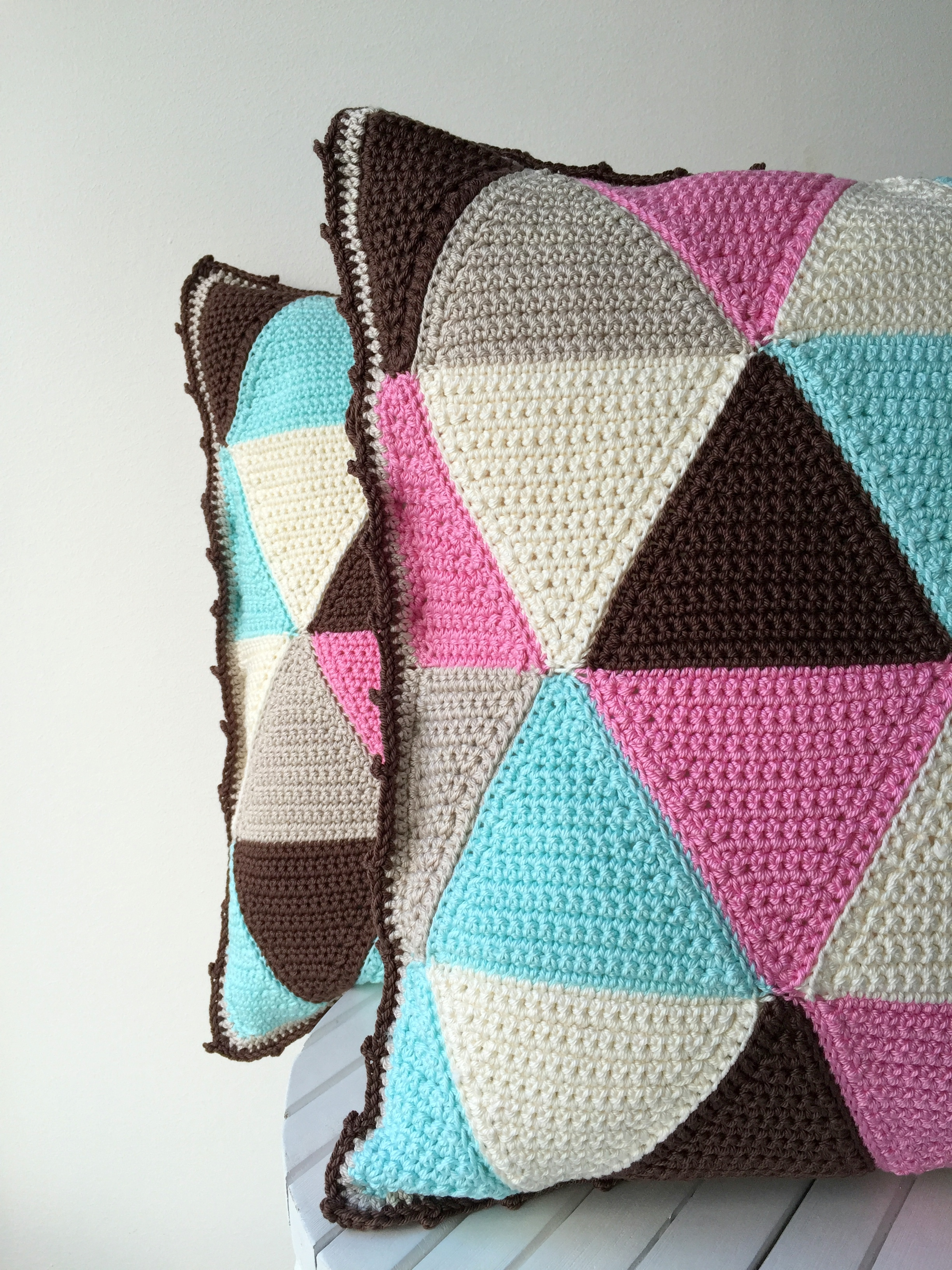 maRRose - CCC - The Gelato Gemini Triangle Cushions-33