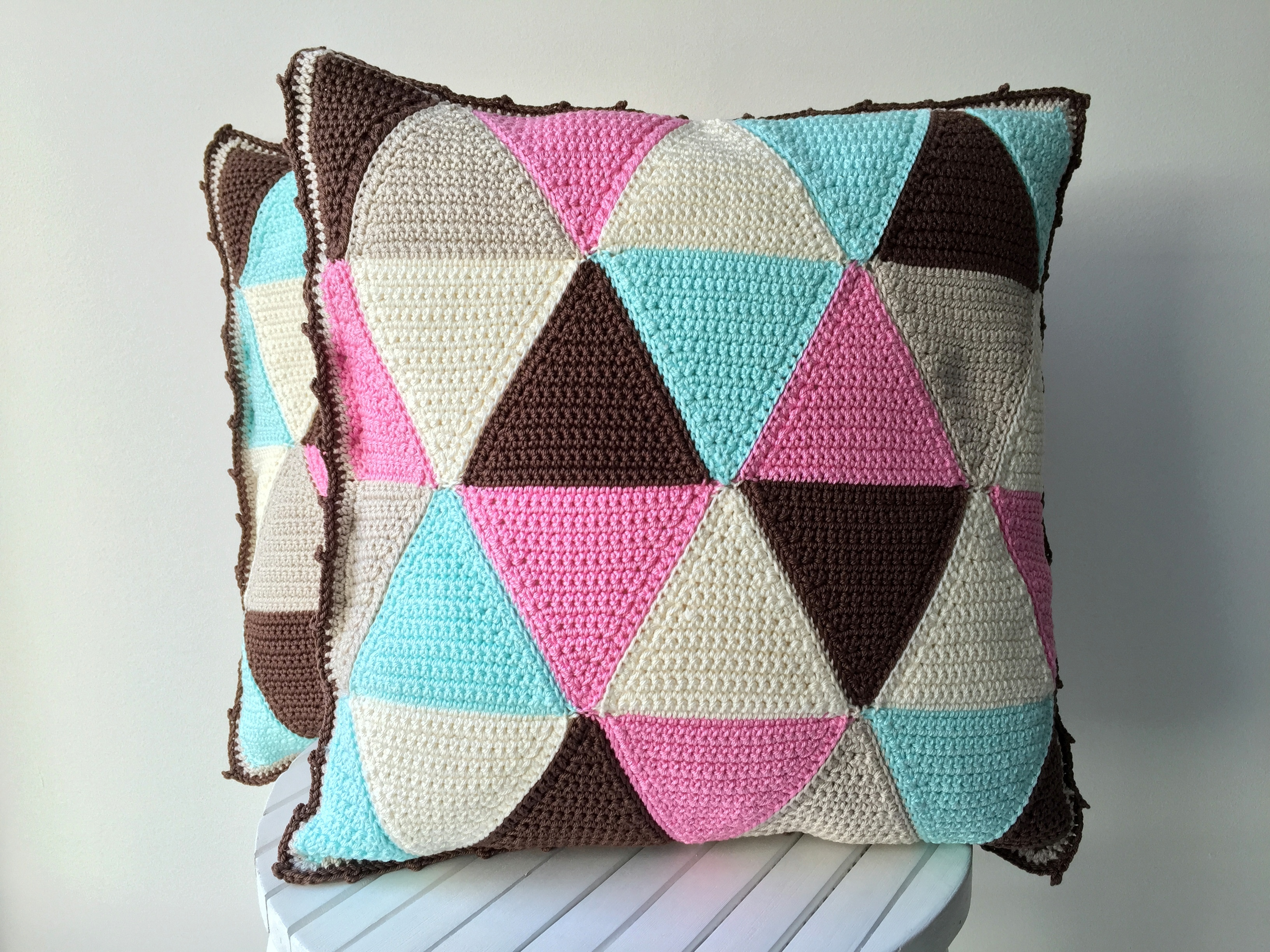 maRRose - CCC - The Gelato Gemini Triangle Cushions-34