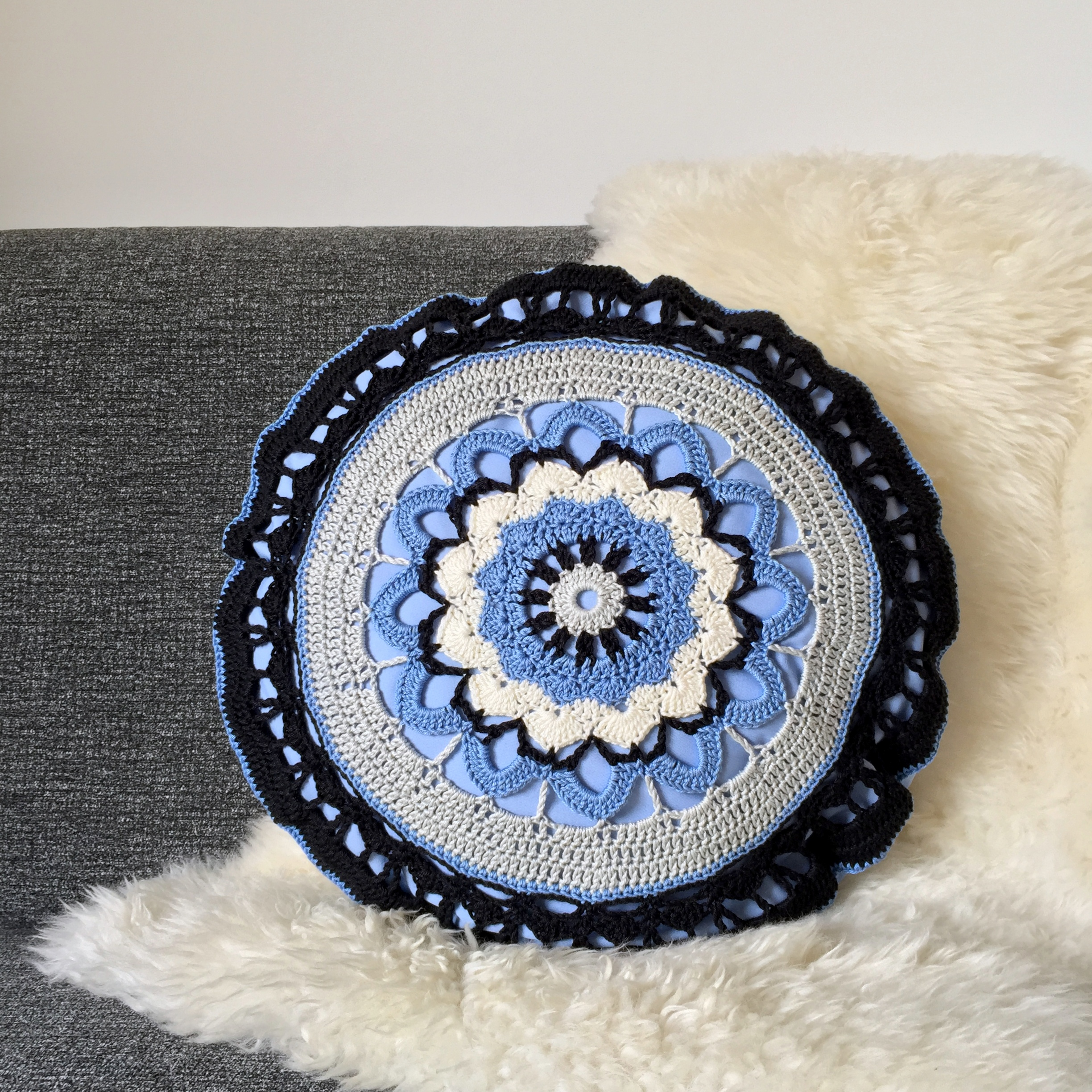 maRRose - CCC --- Mandala Cushion-02