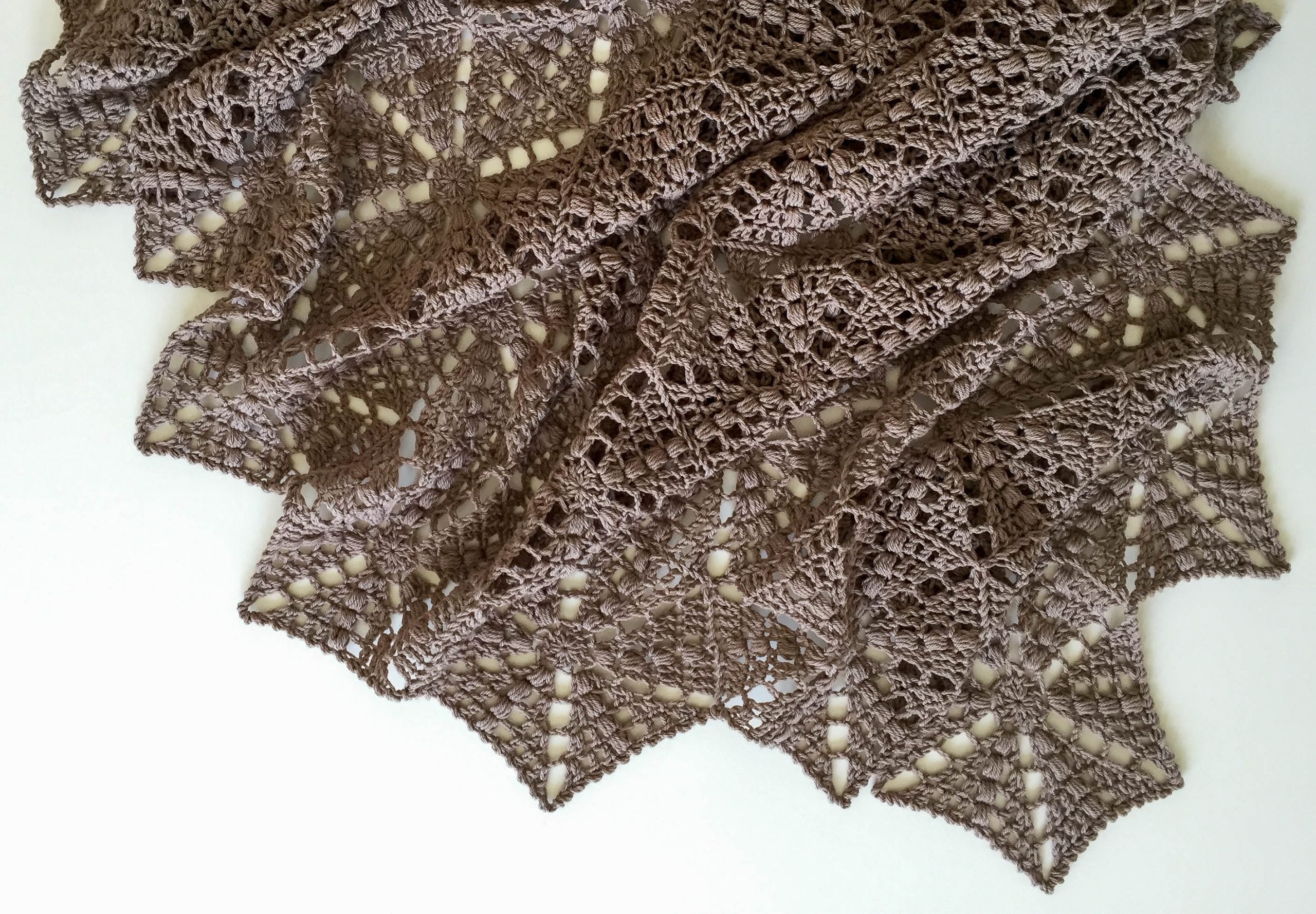 """Hexagon Shawl Ursula"""